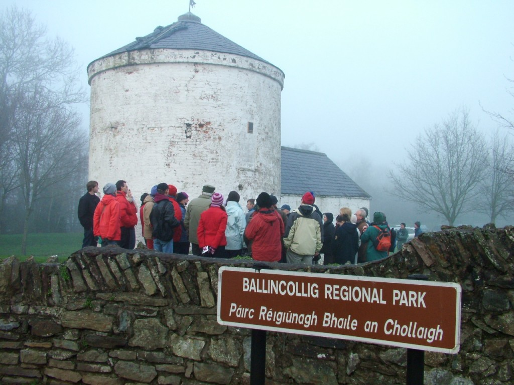 525a At the gates to Ballincollig Regional Park, winter 2006 on tour with Jenny Webb