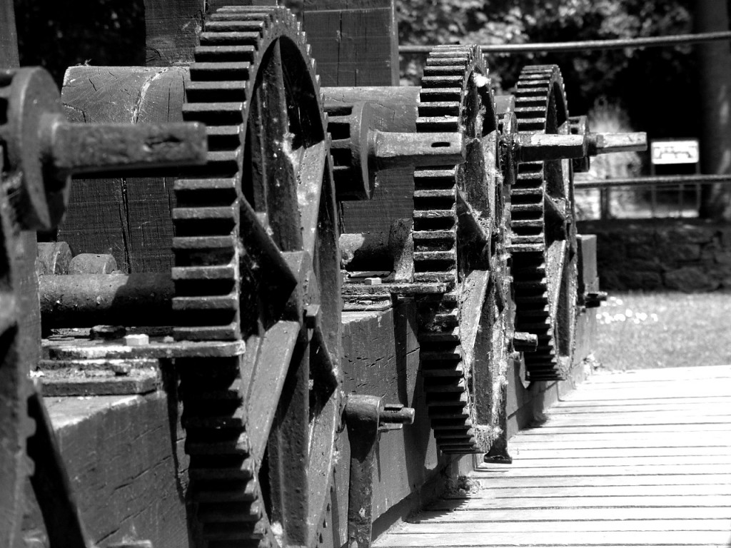 526b. 'Frozen', cog wheel mechanics for leaving water into the canal of the gunpowder mills
