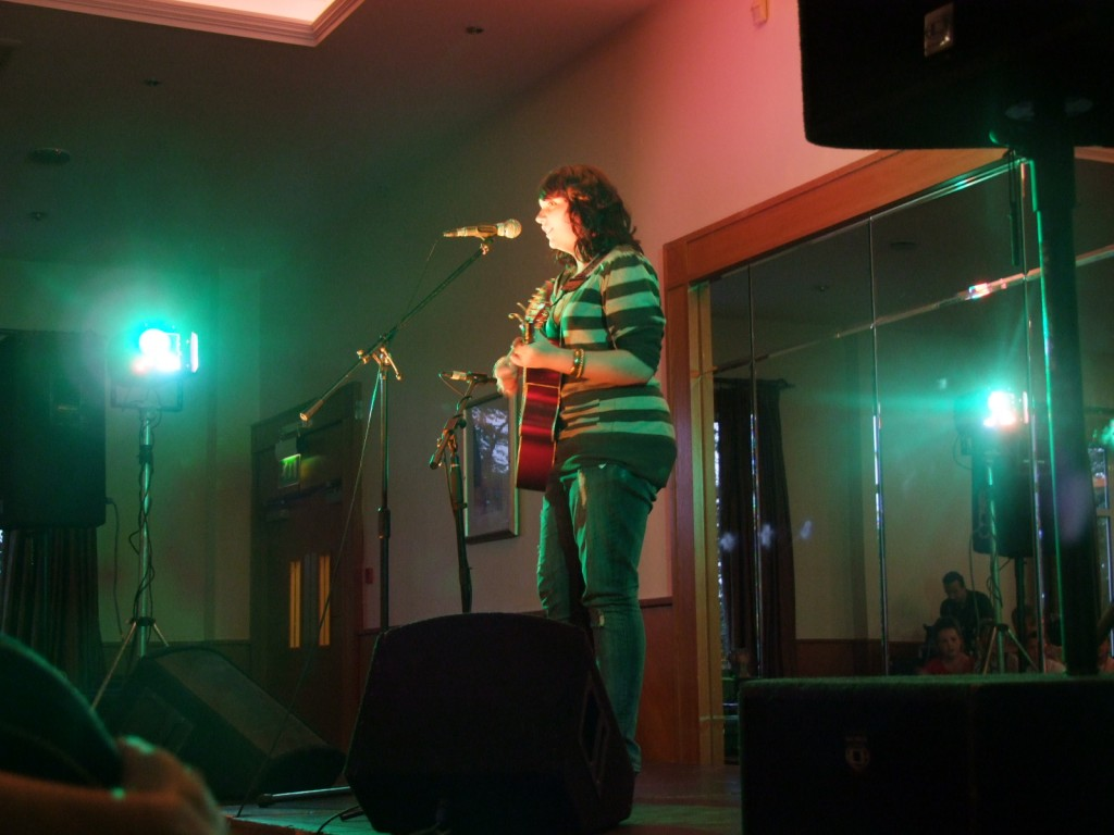 Guest artist, Tracey Fleming at McCarthy's Community Talent Competition 2010