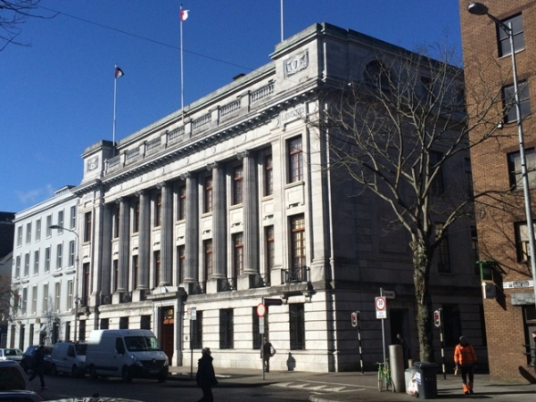 805a. Beautiful and imposing building, 66 AIB, South Mall