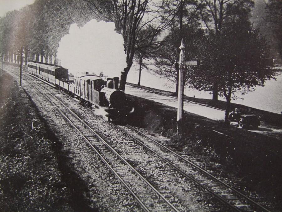 839a. Cork Blackrock & Passage train, The Marina, c.1920