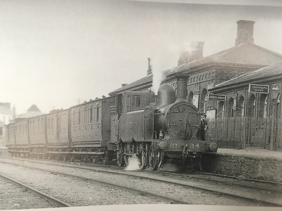 852a. Train at Youghal Station, 1920s