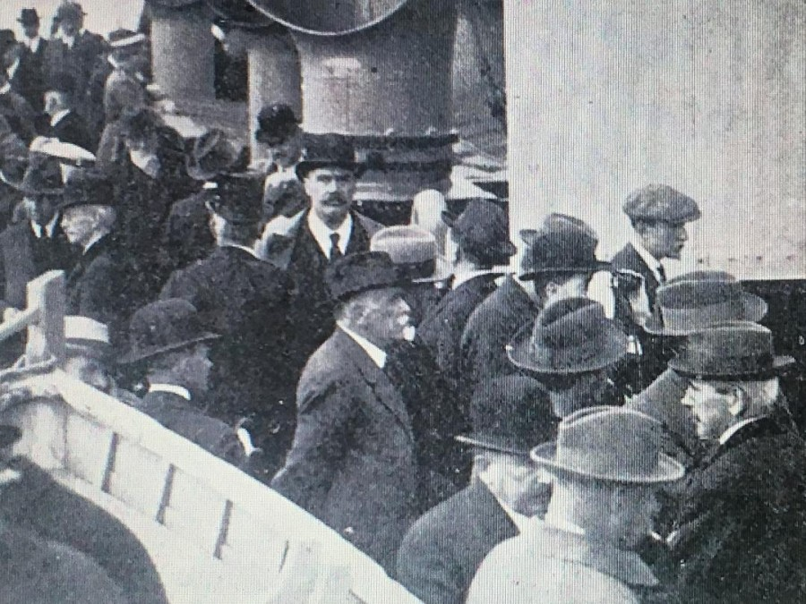 914b. Participants of the Irish Convention on board the SS Inniscarra, 1917