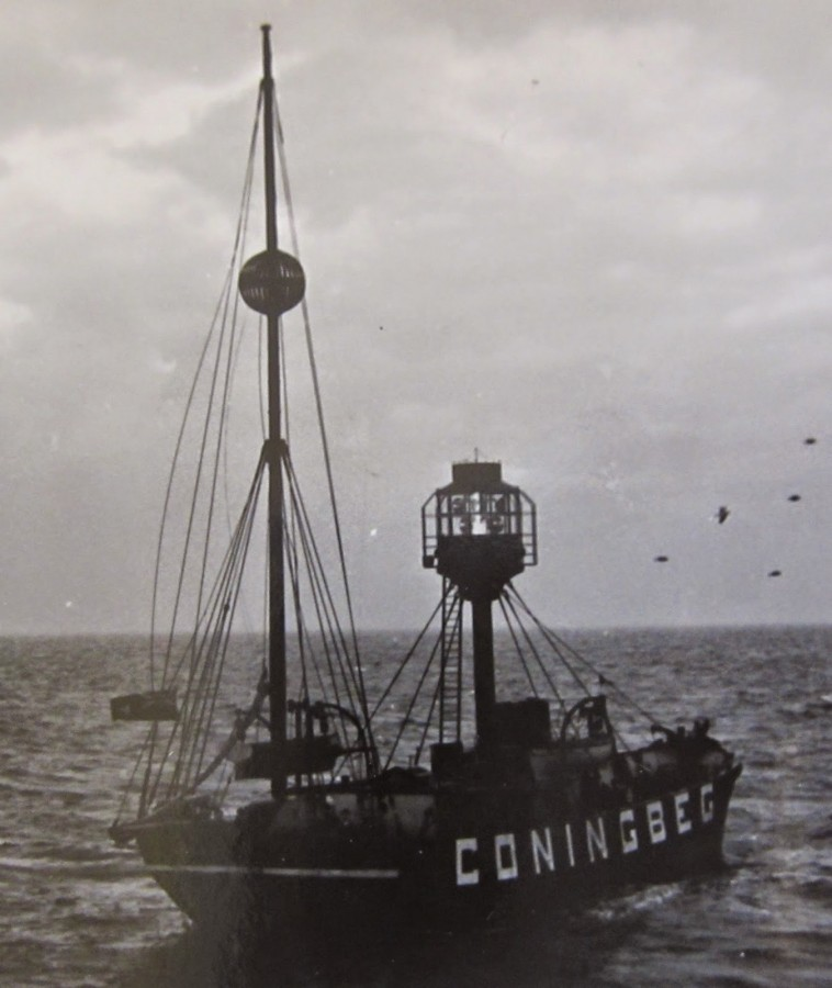 921b. Conningbeg Lightship Wexford, Coningbeg Lightship off Wexford coast, early twentieth century