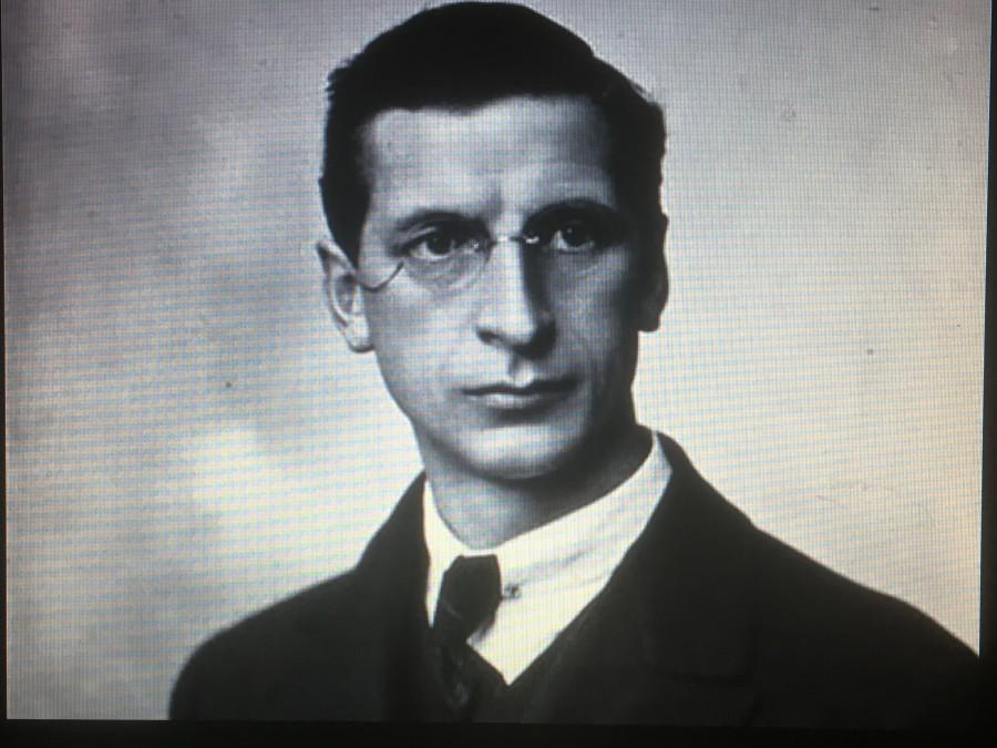 925a. Eamon deValera, c.1917 a