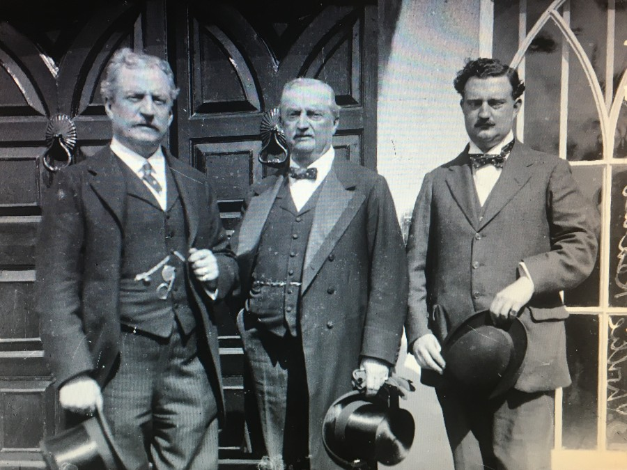 937b. John Redmond (centre) in 1912, with his brother Willie (left) and son, Capt. W.A. Redmond (right)