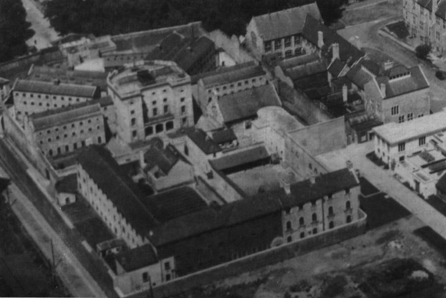 922b. Cork County Gaol adjacent UCC, c.1920