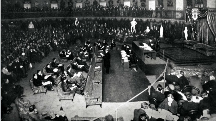980a. Photograph of first Dail Eireann meeting, 21 January 1919