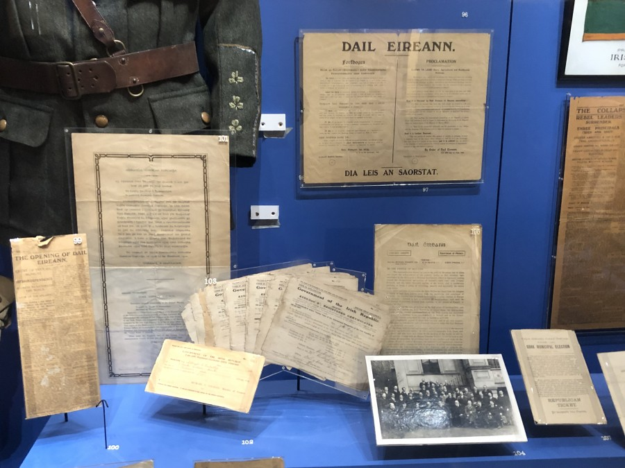 981a. Archival documents on display in Cork City Museum showcasing the organisation of the first Dail Eireann in 1919