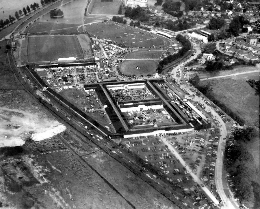 986a. Aerial view of former Cork Showgrounds, Ballintemple, 1972