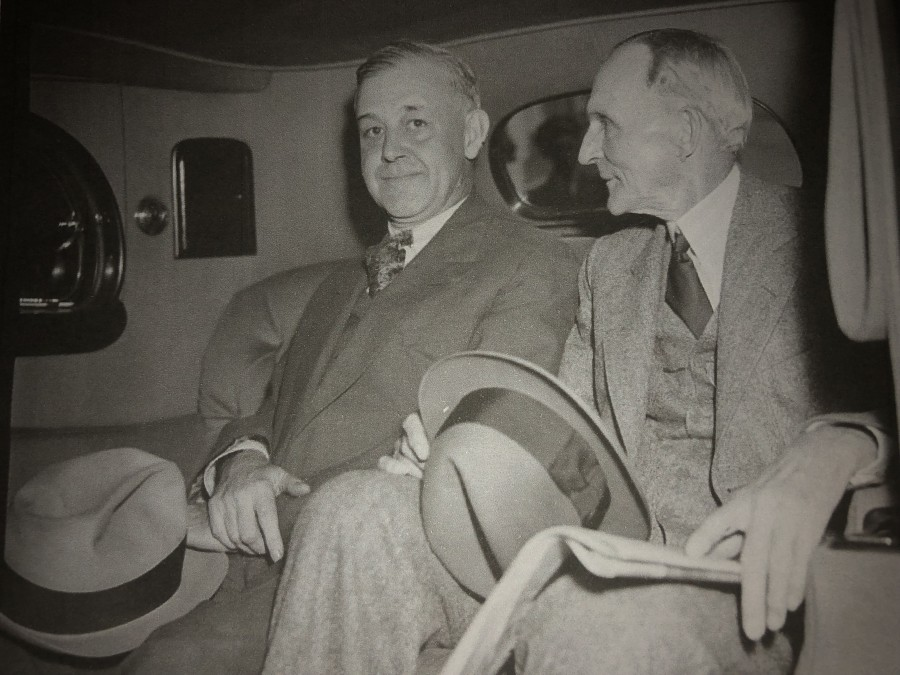 1020b. Jay G Hayden, Detroit Newspaperman and Henry Ford at White House, Washington DC, USA 28 April 1938