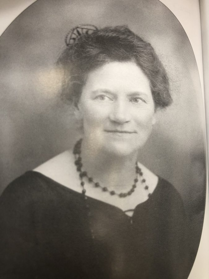 1065b. Mary MacSwiney, Sister of Terence MacSwiney, and one of the founders of Cumann na mBan in Cork (source: Cork City Library).