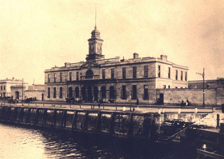 1069a. Old Cork City Hall, c.1920 (source: Cork City Through Time by Kieran McCarthy & Dan Breen).