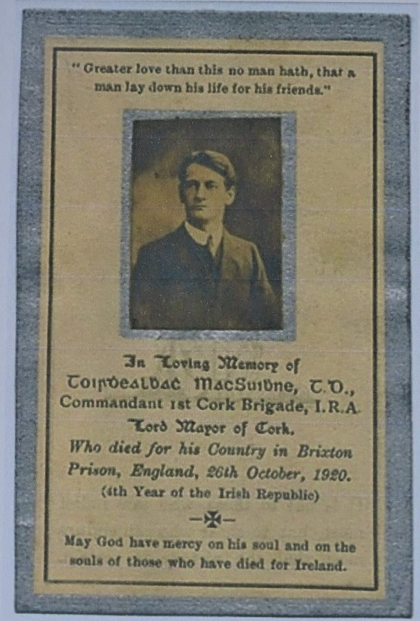 1073b. Section from one side of Terence MacSwiney's memorial card 1920 (source: Cork City Library).