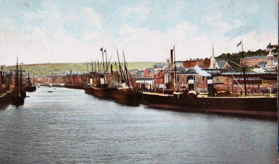 1077a. Steamships at Penrose Quay, c.1910 (source: Cork City Through Time by Kieran McCarthy and Dan Breen).